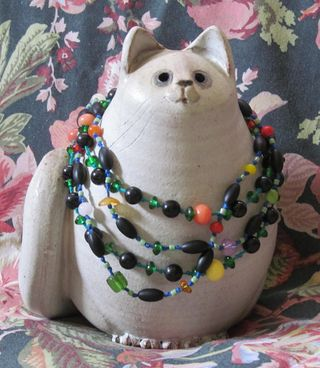 Beads for cats